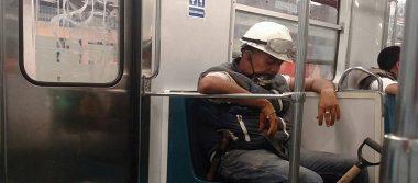 Héroes anónimos se suman a las labores de remoción de escombros