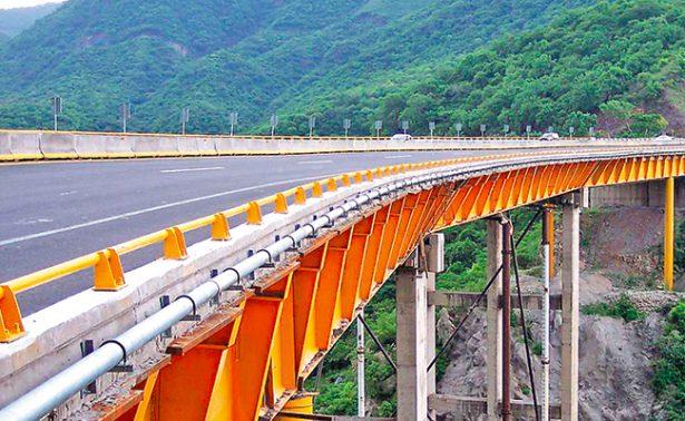 Adeuda Veracruz 140 millones a constructores