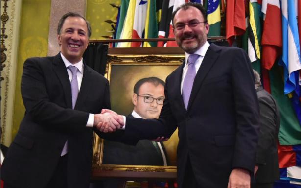 Devela Meade retrato de Videgaray como exsecretario de Hacienda