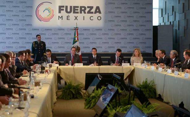"""Peña Nieto reconoce compromiso de empresarios que promueven iniciativa """"Fuerza México"""""""