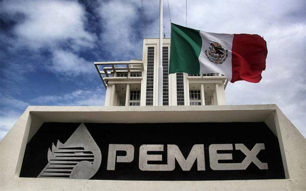 Producción petrolera de México registra su peor caída en 20 años