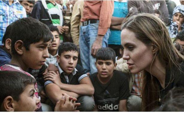 Angelina Jolie arremete en The New York Times contra veto de Trump