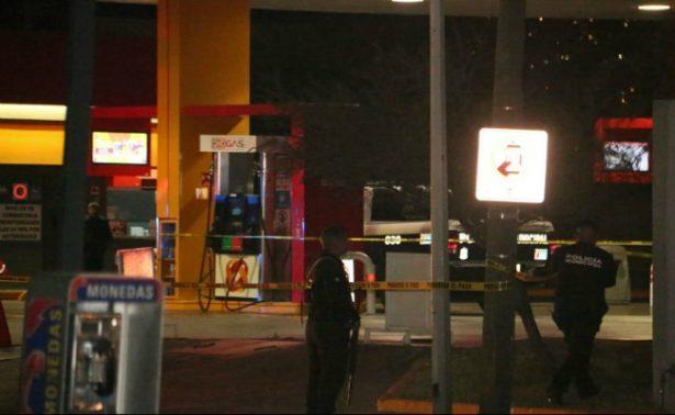 Ejecutan a dos policías en Nuevo Leon en una Oxxo Gas