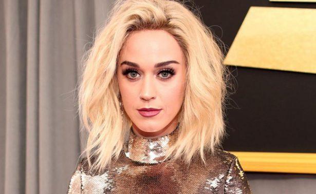 Rogaba no sentirme gay, declara Katy Perry