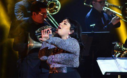 """Carla Morrison demuestra su """"amor supremo"""" en el Teatro de la Ciudad"""