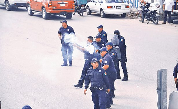 Anuncian uso de la fuerza para liberar PEMEX y abastecer gasolineras