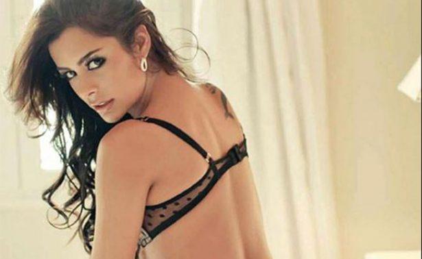 Larissa Riquelme se desnuda si Jaguares es campeón