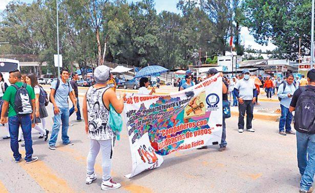 Siguen protestas en Oaxaca por cuestiones educativas