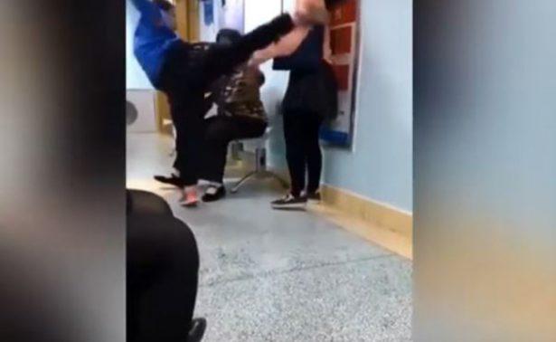 [Video] Niño malcriado patea a su madre por quitarle el celular