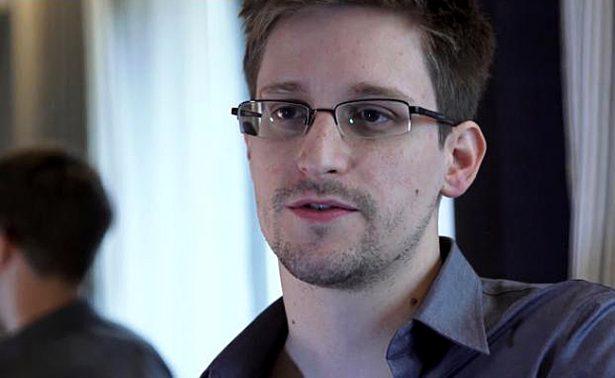 Abogado ruso niega que Moscú estudie extradición de Snowden a EU