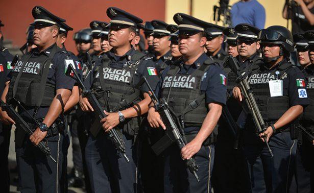 Tres personas asaltan a 30 gendarmes en autopista del Sol
