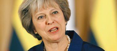 """May intenta convencer a empresarios sobre """"Gran Bretaña global"""""""