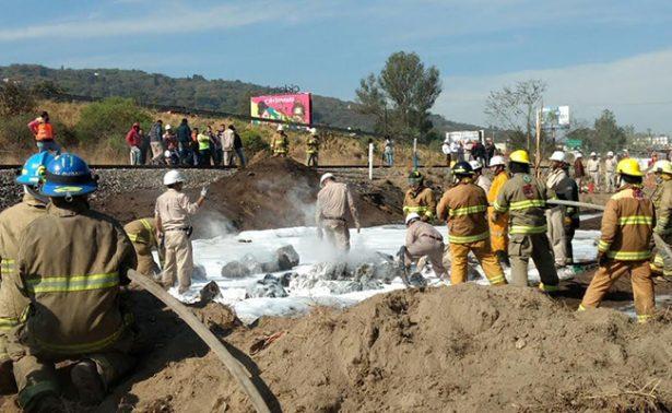 Controlan incendio en ducto de Pemex en Zapopan