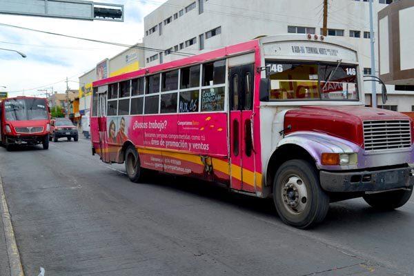 Acaparan 60 familias concesiones del transporte público