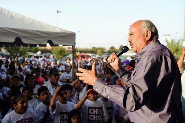 """Los ciudadanos organizados pueden cambiar las cosas: """"Chacho"""" Barraza"""