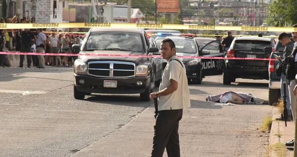 Asesinan a balazos a sujeto al sur de la ciudad
