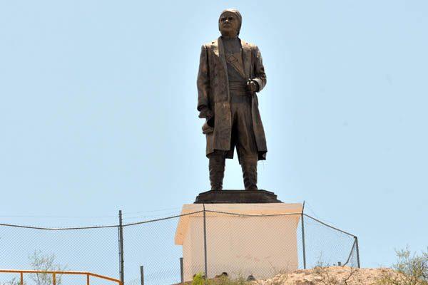 Piden instalar estatua de José María Morelos en Ciudad Judicial