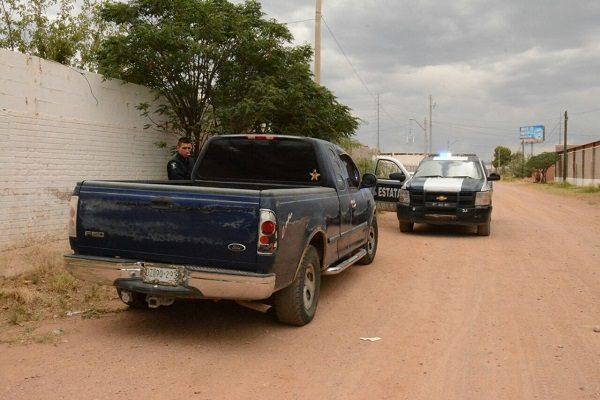 Recuperan agentes vehículo robado en la Colonia Sierra Azul