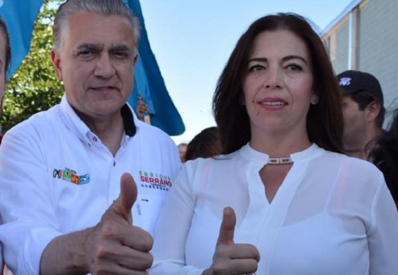 Agreden agentes de la FGE a candidata a sindica de Aquiles Serdán