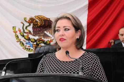 Preside Laura Domínguez la última diputación permanente