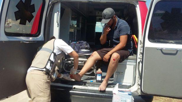 Joven se lesiona al cae a canal en la Vialidad Los Nogales