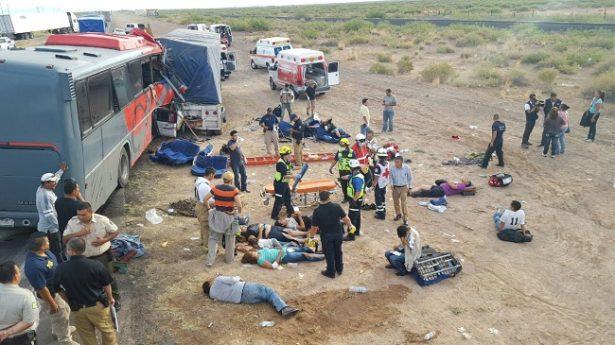 Tragedia: 10 muertos y 29 heridos en choque de camión