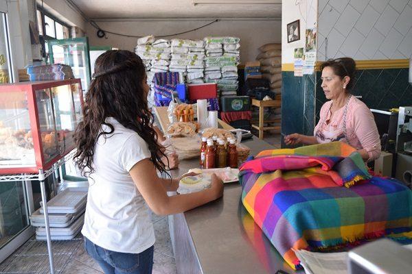 Golpe al bolsillo, el lunes sube el precio de la tortilla de 15 a 16 pesos