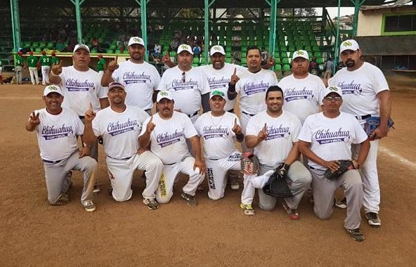 Chihuahua campeón en el Estatal de Softbol Masters