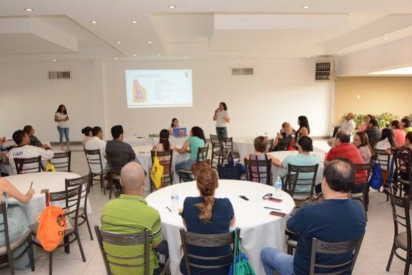 Asistieron familias a taller organizado por el Centro de Inteligencia Familiar