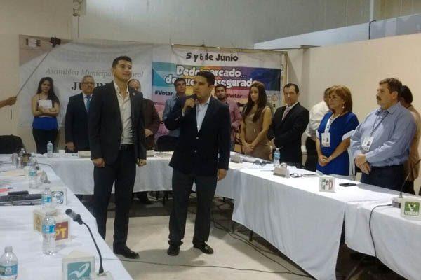 Síndico y diputadas electas del PRI reciben acreditación de mayoría