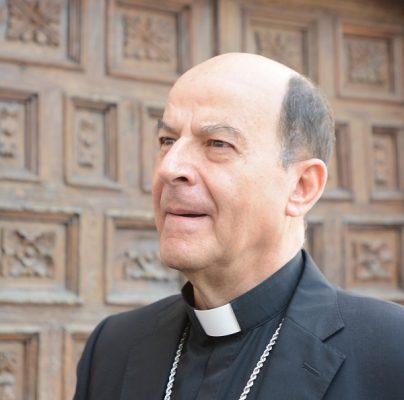 Exhorta obispo a Javier Corral y a Maru Campos a trabajar por el bien