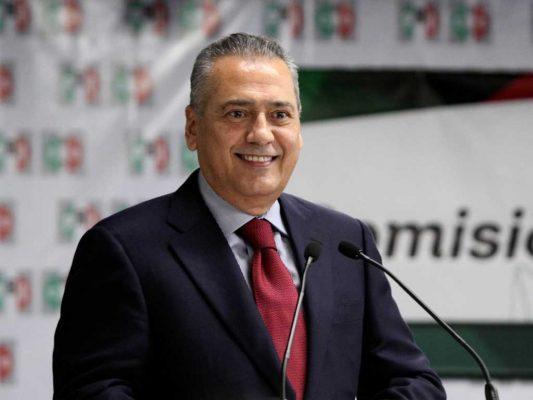 Felicita Beltrones a Enrique Serrano por triunfo a través de llamada