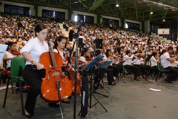 Gran concierto de fin de curso a cargo de mil 200 alumnos