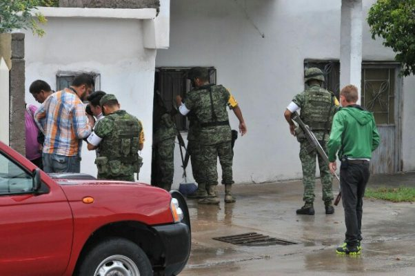 Aplica Ejercito Mexicano Plan DN-III- E en viviendas inundadas