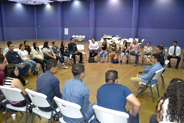 """Realizan jóvenes foro contra la corrupción en conjunto de la asociación """"Todos Somos Delicias"""""""
