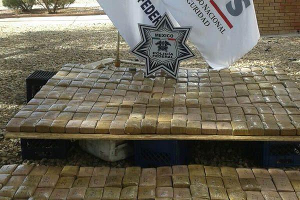 Asegura Policía Federal camión con más de 300 kilos de droga