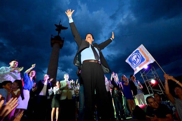 Celebra Javier Corral la decisión del Tribunal Estatal Electoral