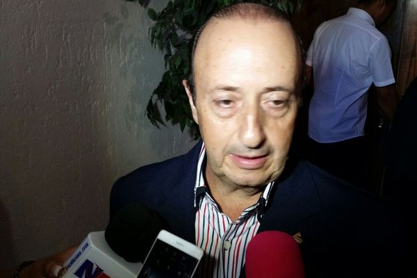 Promete Armando Cabada al CCE una administración diferente