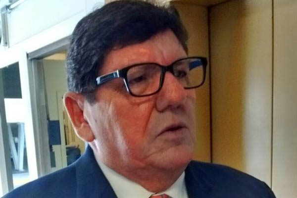 Gestionará alcalde apertura de Secretaría de Economía para exportar autos