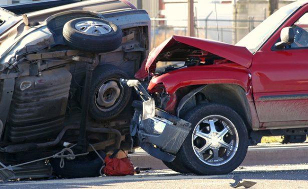 Aumentan muertes por accidentes viales, alcohol y velocidad