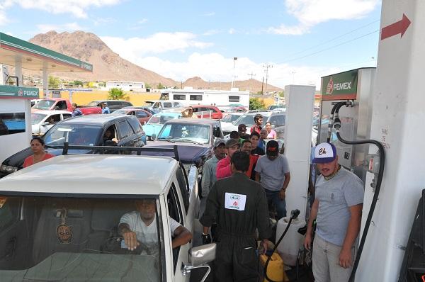 Esperan gasolineras aumento en ventas por alza de precio