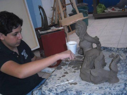 Inicia curso de verano en Casa Kahlo