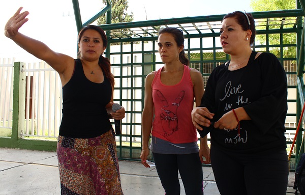 Alumnos de secundaria bailan contra el bullying