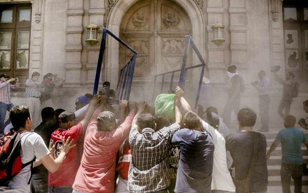 Hoy audiencia para detenidos por destrozos en Palacio