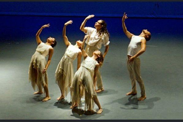 Gran éxito presentación de compañía de danza en la ciudad