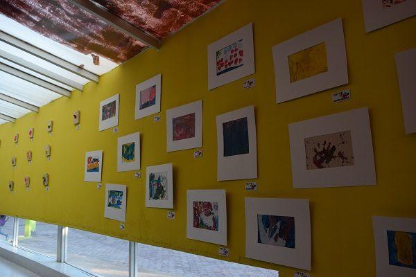 """Presentan niños Montessori su exposición de arte """"El salero de plata 2.0"""""""