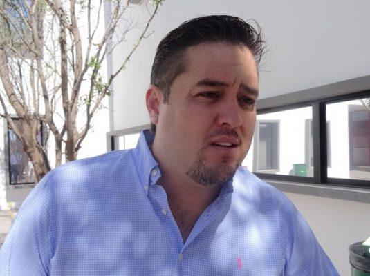 """""""La sociedad que represento reclama proteger a la familia"""": LeBarón"""