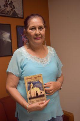 """Presenta libro Rosario Rodríguez   """"Coyame: 300 años"""""""