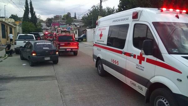 Acuden paramédicos a la UP en auxilio de hombre intoxicado