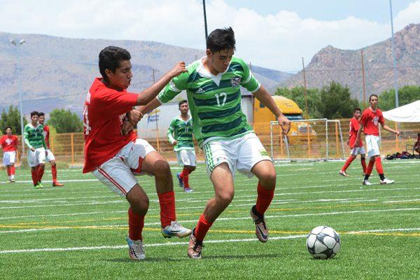 Fuerza UACH con paso firme en el Torneo Internacional de Futbol